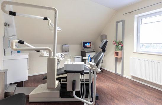 Behandlungszimmer Kieferorthopädie